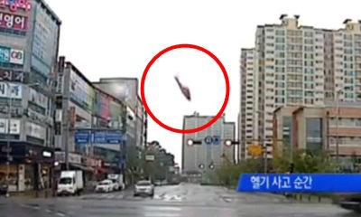 วินาทีสยอง! คลิปเฮลิคอปเตอร์เกาหลีตกกลางเมือง