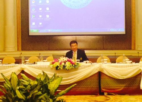 รศ.สมชัยบรรยายแนวโน้มทิศทางเลือกตั้งไทย