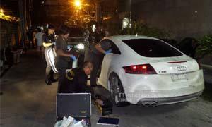 พบแล้วรถสปอร์ต ออดี้ สีขาว หลังคนร้ายขโมยไประหว่างจอดติดเครื่องยนต์ เพื่อลงมาเปิดประตูเข้าบ้าน