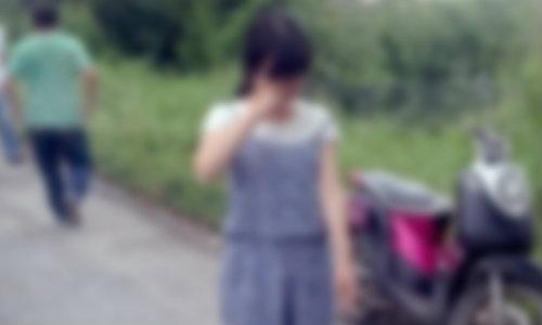 งามหน้า! สาวจีนสะอื้น แท็กซี่ไทยต่อยท้องปล้นหมดตัว