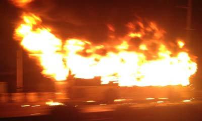 รถเมล์ ปอ.29 ไฟไหม้ ถ.วิภาฯ รถติดหนัก