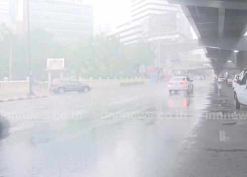 อุตุฯเผยภาคเหนืออีสานตอ.มีฝนหนักกทม.ตก70%
