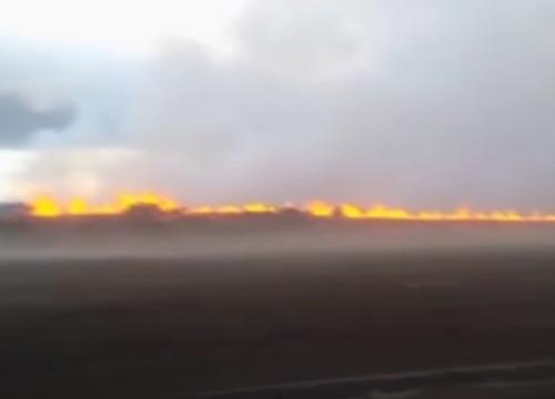 ไอซ์แลนด์ยกเตือนขั้นสูงสุดหลังภูเขาไฟปะทุ