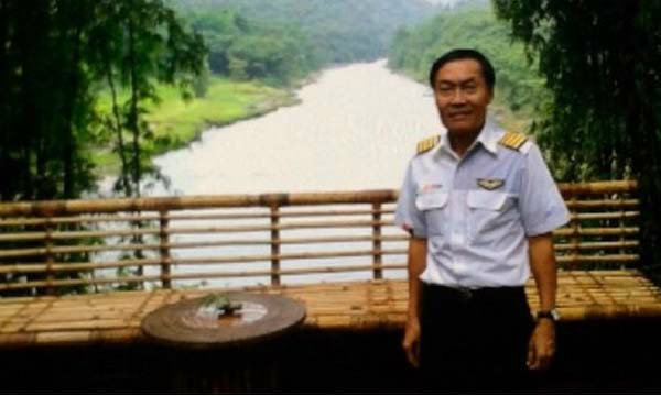 ฐปนีย์ บินไปพม่าพร้อมครอบครัวกัปตันชัชวาล