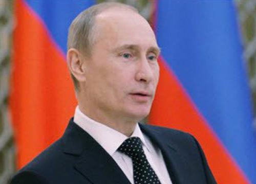 ปูตินมั่นใจรัสเซียไม่ถูกลอยแพแม้ถูกคว่ำบาตร