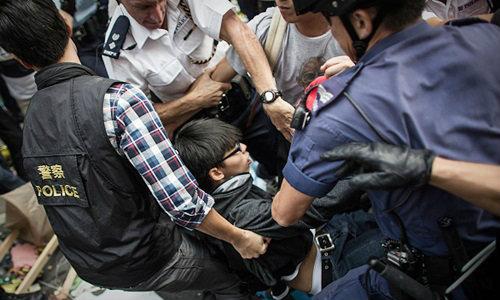 ปะทะครั้งสุดท้ายที่มงก๊ก แกนนำม็อบฮ่องกงถูกจับกุม