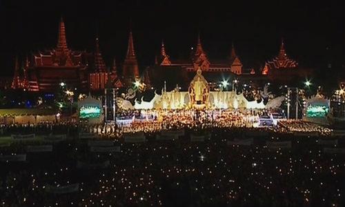 คนไทยจุดเทียนชัยถวายพระพรในหลวง 5 ธันวาคม