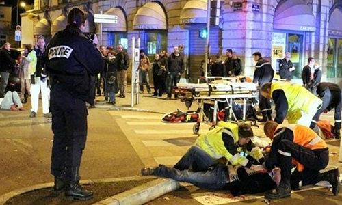ชายร้องหาพระเจ้าก่อนขับรถพุ่งชนคนในฝรั่งเศส