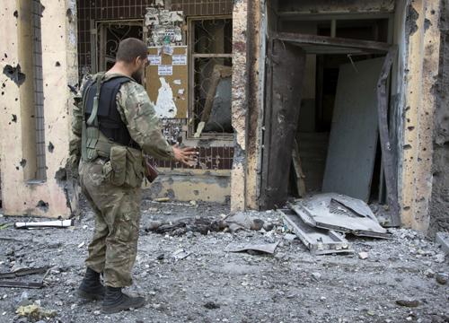 ยูเครนลั่นกบฏละเมิดข้อตกลงสันติหลังปะทะเดือด