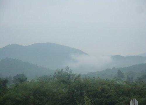ไทยตอนบนอุณหภูมิลดกลางใต้มีฝนกทม.ตก10%หมอกเช้า