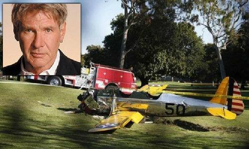 """""""แฮร์ริสัน ฟอร์ด"""" ประสบอุบัติเหตุเครื่องบินตก อาการสาหัส"""