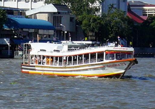 ผู้ว่ากทม.กำชับดูแลความปลอดภัยท่าเทียบเรือและโป๊ะเรือ