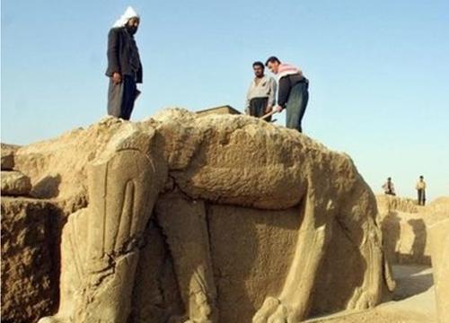 ไอเอสทำลายเมืองโบราณนิมรัดของอิรัก