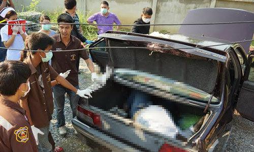 หนุ่มใหญ่มุดซ่อมรถ กระโปรงท้ายปิดขังขาดใจตาย