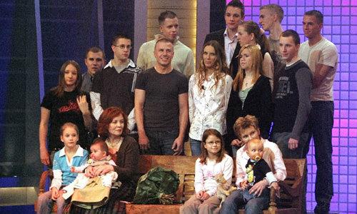 ยังไหว! แม่ลูก 13 วัย 65 ชาวเยอรมัน ตั้งท้องแฝด 4
