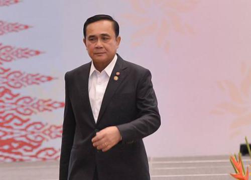 นายกฯสั่งเร่งช่วยคนไทยในเนปาล-ยอดตายพุ่ง4,310คน