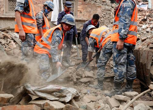 รองโฆษก กทม.เชิญชวนบริจาคช่วยแผ่นดินไหวเนปาล