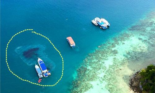 เกาะพีพีร่ำไห้ ภาพชัดเรือนำเที่ยวปล่อยคราบน้ำมัน