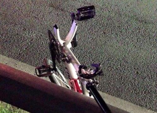 สลด!เก๋งชนนักปั่นจักรยานย่านรัชดา-รามอินทราดับ1เจ็บ2