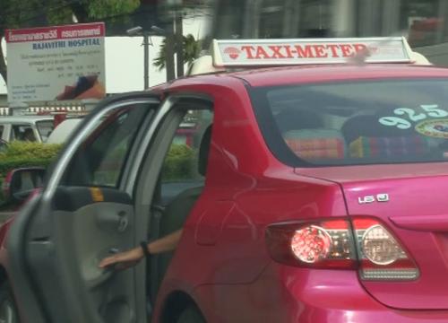 กรมขนส่งฯเผยสุขุมวิท-สีลมพบแท็กซี่ปฏิเสธผู้โดยสารสูงสุด