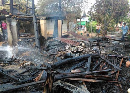 เชียงรายไฟไหม้ยุ้งข้าวเสียหาย250ถัง