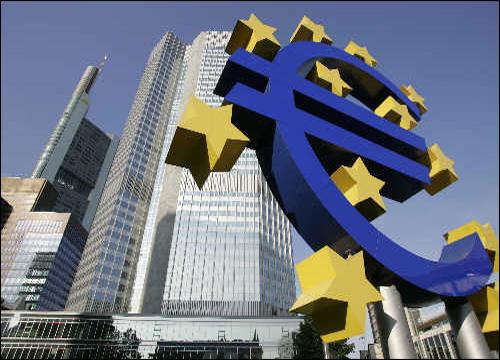 ECBลังเลปล่อยกู้ให้กรีซหลังผลประชามติออก