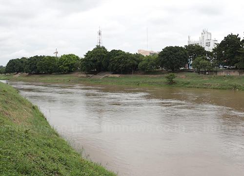 พิษณุโลก ฝนตกส่งผลดี น้ำในแม่น้ำน่านเพิ่ม 15 - 20 ซม.