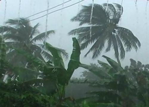 ฝนถล่มทำน้ำท่วมหนักเวียดนามในรอบ40ปี