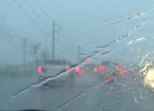 ไทยตอนบนมีฝนเหนืออีสานตกหนักกทม.60%