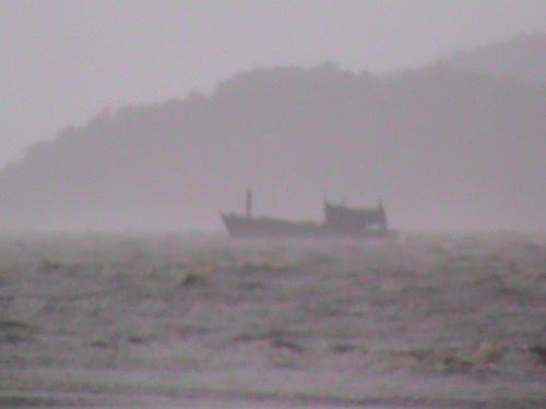 เรืออพยพอินโดนีเซียล่มกลางทะเลเขตเพื่อนบ้านดับ14ราย