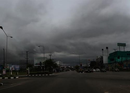 อุตุฯพยากรณ์ช่วงเย็นทั่วไทยยังมีฝนหนาแน่น