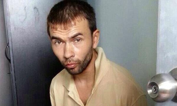 """นำ """"เอเดม"""" ผู้ต้องหาคดีมีระเบิด ฝากขังศาลมีนบุรีผลัดแรก"""