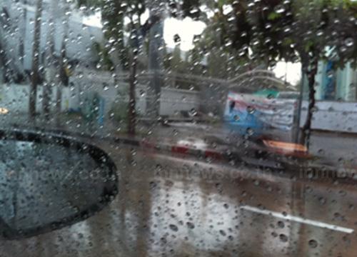 ฝนถล่มกรุงวิภาฯดอนเมืองรัชดามีน้ำท่วมขัง