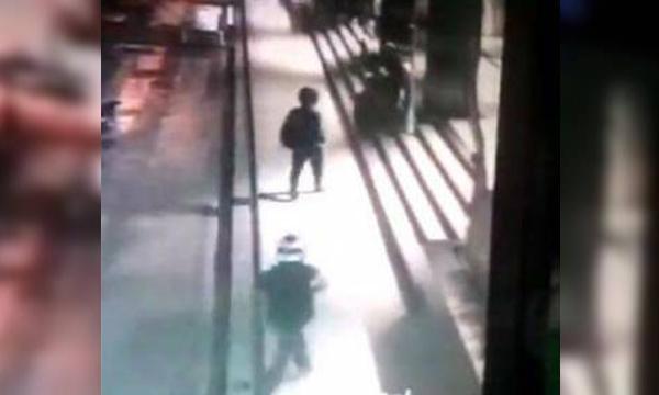 3 คนร้าย ฆ่าชิงไอแพด พนักงานร้าน S&P ดับอนาถ