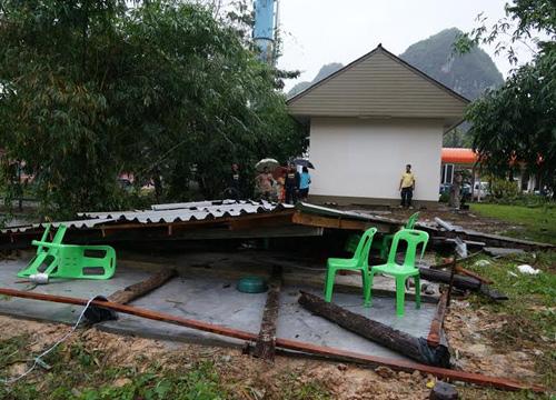 ฝนถล่มพัทลุงบ้านเรือนปชช.พังเสียหาย