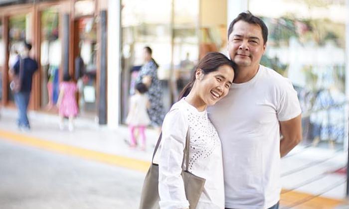 คู่ชีวิตที่ลงล็อก อ้น ศรีพรรณ ควงสามี เอ อนันต์ เที่ยวฮ่องกง
