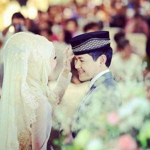 งานแต่งเป้ย ป๊อป