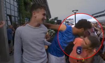 """หื่นจนได้เรื่อง! """"นักหวดหนุ่ม"""" ถูกสหพันธ์เทนนิสฝรั่งเศสแบน (คลิป)"""