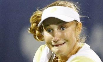 เอ๋อเหรอ เอ็คชั่นหวดลูกเทนนิส