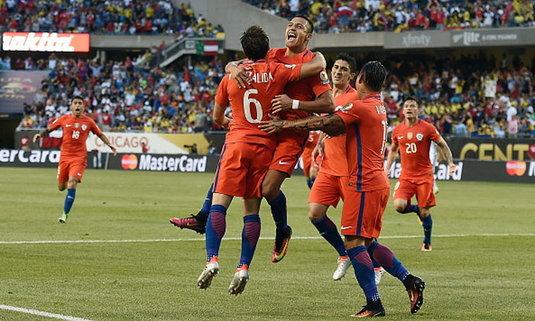 """""""ชิลี"""" เชือด """"โคลอมเบีย"""" 10 คน 2-0 เข้าชิงโคปาฯ"""