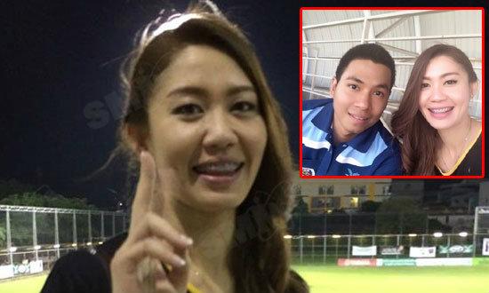 อย่างกับนางฟ้า! ซาร่ามือเซตสาวไทยโผล่ชมเกม อาร์แบค-บีซีซี