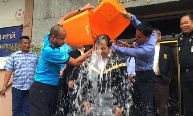 จัดไป! บังยีทำ Ice Bucket Challenge ขออุบไว้ก่อนท้าใครต่อ+คลิป