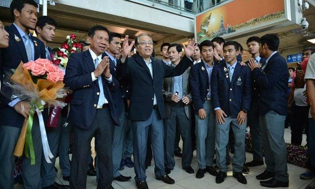 ซิโก้ นำทัพช้างศึกชุดคว้าที่4 อินชอนเกมส์ กลับถึงไทย