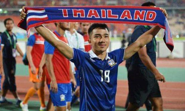 """""""เมสซี่เจ"""" รับหน้าที่ถือธงนำทัพกีฬาไทยพิธีเปิดซีเกมส์"""