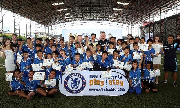 """""""เชลซี"""" เปิดคลีนิคสอนบอลเยาวชนไทย"""