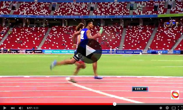 """คลิปเด็ด! กับเหรียญทองวิ่งผลัด 4x400 เมตร ทีมไทย แบบ """"ลุ้นระทึก"""" ที่สุดประจำวันนี้"""