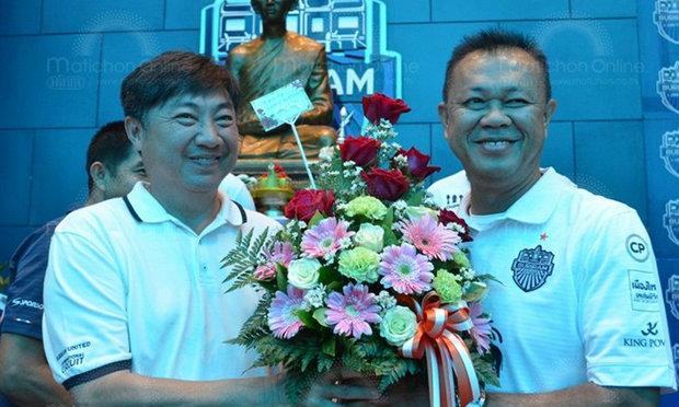 วันคล้ายวันเกิด′เนวิน′ขอพาบุรีรัมย์กวาดทุกแชมป์ ผงาดยอดทีมอาเซียน