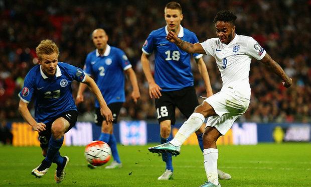 """ดุไม่เลิก! """"สิงโต""""ขย้ำ""""เอสโตเนีย""""2-0 เก็บชัย9นัดรวด(คลิป)"""
