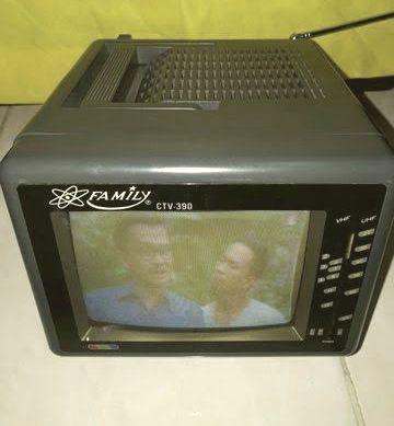 ทีวีเล็กที่ดูทีวีและฟังวิทยุได้