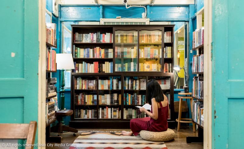 World at The Corner ร้านหนังสือย่านเสาชิงช้าที่จะทำให้ผู้อ่านอยากออกเดินทางดูสักครั้ง